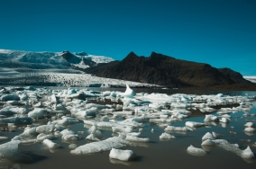 Jokulsarlon and Fjallsarlon-4