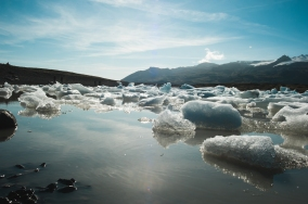 Jokulsarlon and Fjallsarlon-5